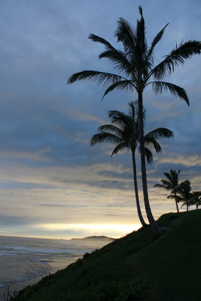 Evening view of the ocean in Princeville, Hawaii - Hawaiianly.com