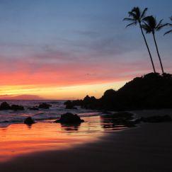 Beautiful Maui Sunset - Hawaiianly